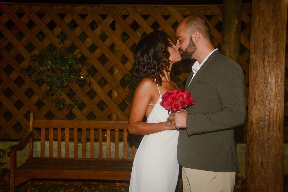 Beijo dos noivos Casamento Eric e Rafaely Duo Cacao Cascata de Chocolate Curitiba